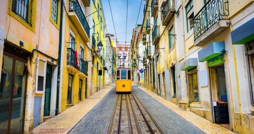 Portekiz Golden Visa Yatırımcılarına Müjde: Portekiz Vatandaşlığına Başvurma Süresi Kısaldı