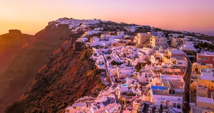 Alpha Bank'tan Yunanistan Turizminde Uzun Vadeli Büyüme Beklentisi: Dört Büyük Proje Onaylandı